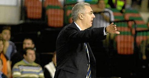 Rocky Jarana, nuevo ayudante de Luis Casimiro.