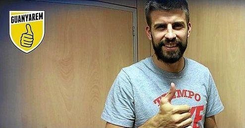 El jugador de la selecci�n espa�ola, mostrando su apoyo a la plataforma 'Guanyarem'.