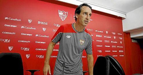 Unai Emery, durante una rueda de prensa.