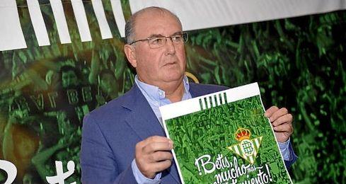 Manuel Castaño en la presentación del proyecto ´Betis, mucho más que un sentimiento´.