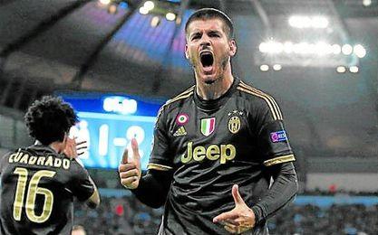 Morata, celebrando el tanto de la victoria italiana.