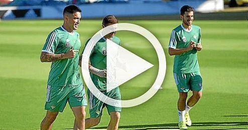 Joaquín y Vargas durante el entrenamiento matinal de hoy.