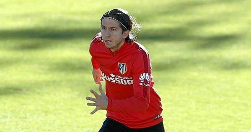 Filipe Luis en el entrenamiento del Atlético.