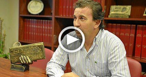 Jos� Miguel L�pez Catal�n en la redacci�n de ESTADIO Deportivo, que visit� a horas del 23-S.