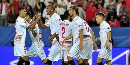 El Sevilla es uno de los equipos m�s altos de la Liga.