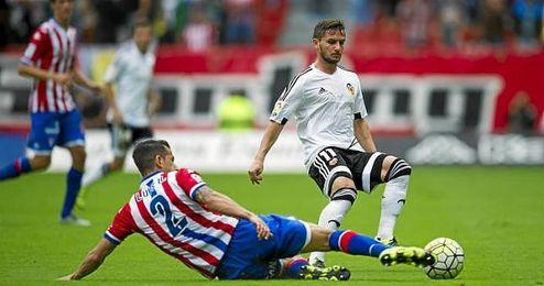 El futbolista es uno de los preferidos de su afición.