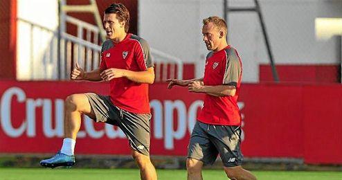 Krohn-Dehli, junto a Konoplyanka en un entrenamiento.