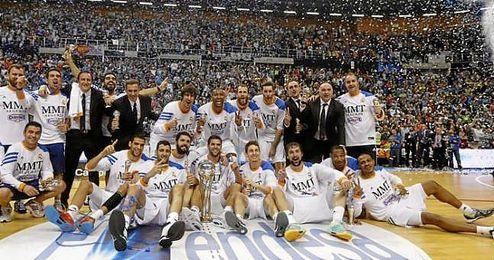 Imagen del equipo tras ganar la Copa Intercontinental.