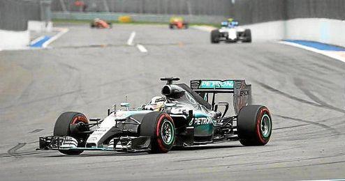 Hamilton volvió a vencer en el GP de Rusia.
