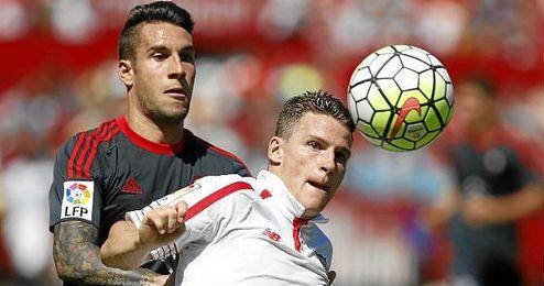 Gameiro es el delantero del Sevilla que más ha jugado.