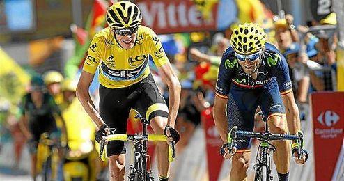 Alejandro Valverde, junto a Froome en el pasado Tour de Francia.