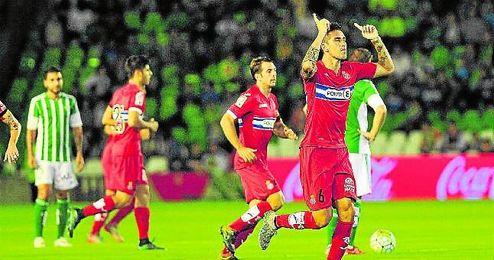 Enzo Roco hizo su gol a los cuatro minutos de partido.