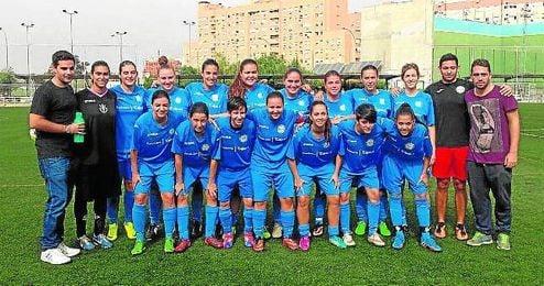 El Atlético Porvenir ha ampliado el número de equipos para esta temporada y ya cuenta con nueve federados y tres del IMD, donde se juntan niños de diferentes clases sociales.