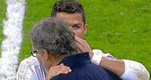 Cristiano habló con Blanc tras el partido.