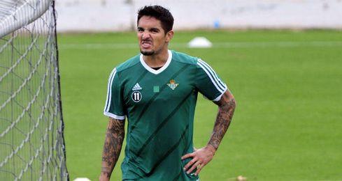 Vargas se perderá el duelo contra el Málaga.