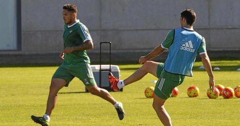 Jorge Molina Se ha entrenado con los que no viajaron