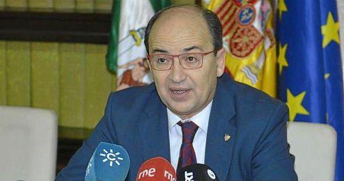 José Castro, el acto de la firma del protocolo, habló sobre la victoria ante el Real Madrid.