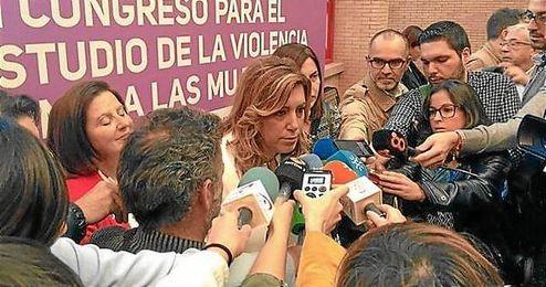 Susana D�az opina sobre la declaraci�n independentista en Catalu�a.