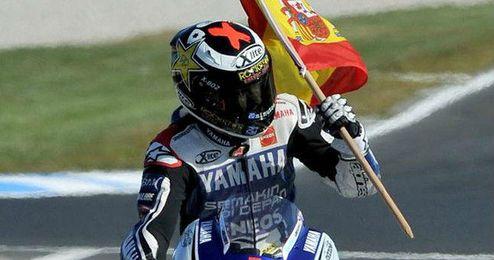 Lorenzo celebrando su campeonato del mundo.