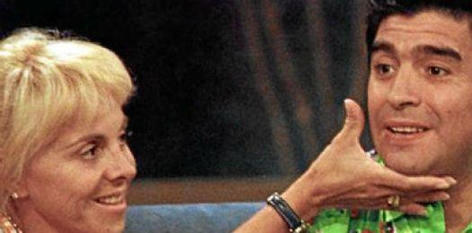 Maradona, junto a su exmujer.