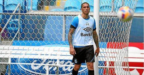 Braian Rodríguez arrancó con buen pie, pero ahora no cuenta para Gremio.