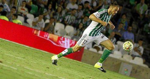 """""""El Real Betis es un Club con mucha historia y muchos aficionados, eso me gusta""""."""