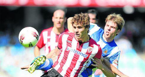 Llorente ha marcado tres goles a la Real Sociedad.