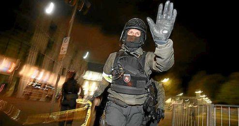 La Polic�a evacu� el estadio de Hannover.