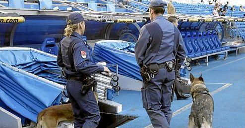 El Bernabéu contará con 1.000 efectivos de Policía Nacional.