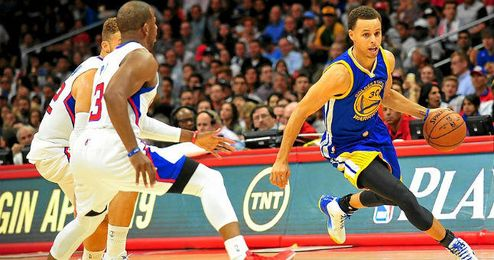 Stephen Curry fue la gran estrella ante los Clippers.