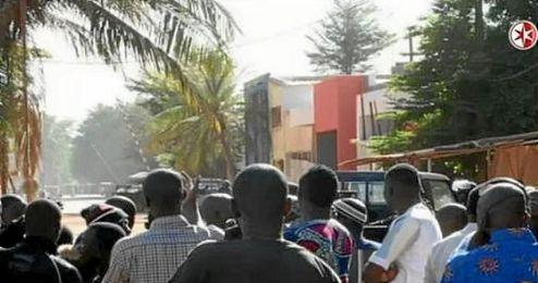 El ataque de varios hombres armados se ha saldado con tres muertos.