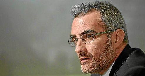 El valenciano habló durante la presentación del acuerdo con Adán.