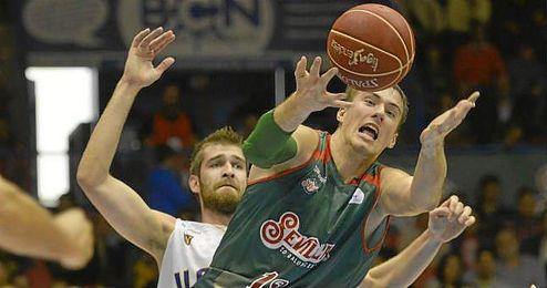 Balvin espera impedir la primer victoria del Gipuzkoa Basket.
