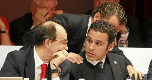 José Castro y Del Nido Carrasco mantienen una ´guerra´ abierta.