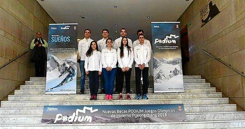 Entre los seleccionados hay snowboarder, esquiadores, patinadores y jugadores de Curling.