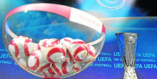 Imagen del sorteo de la Europa League.