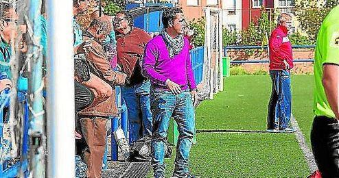 Salvador de la Cerda puede ser el pr�ximo entrenador del Coronil.