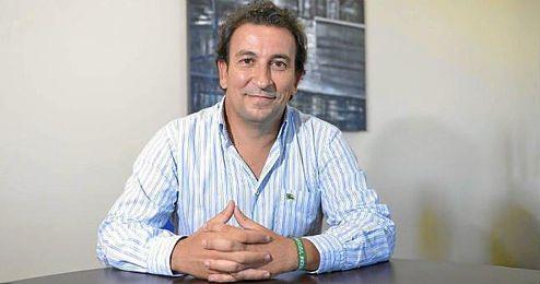 L�pez Catal�n, durante su visita a ESTADIO, es optimista para volver a ganar la junta de accionistas.