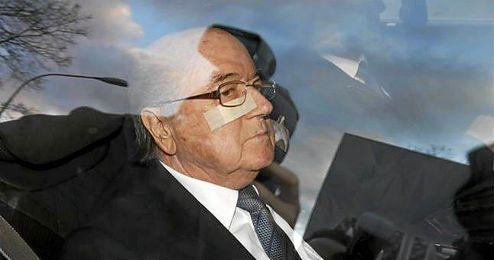 El suizo fue suspendido de su cargo el 8 de octubre.