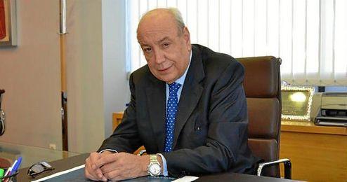 Antes de llegar al Real Murcia fue secretario general de la LFP.
