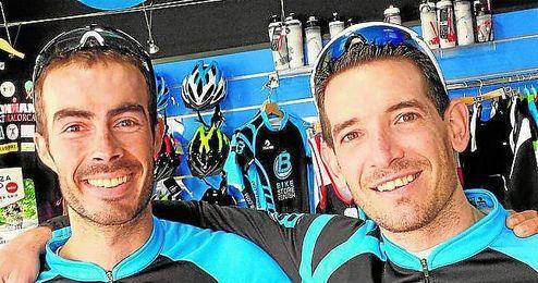 Antonio Piedra (a la izquierda) comparte negocio con Sergio Carrasco, ´el Poliche´.