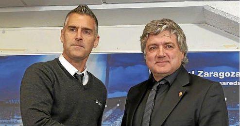 Carreras en la presentaci�n como nuevo entrenador del Zaragoza.