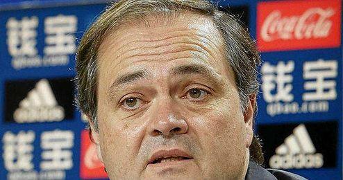 El presidente de la Real Sociedad reprimió al árbitro sus actuaciones.