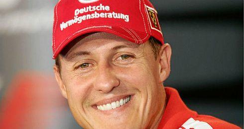 Michael Schumacher sigue recuperándose tras el accidente.