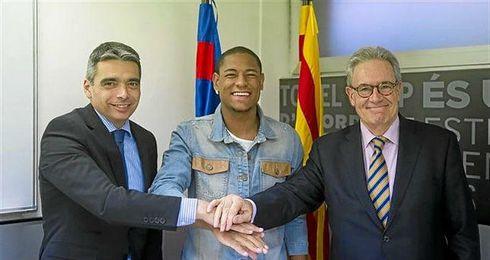 Robert presentado como nuevo jugador del F.C. Barcelona.