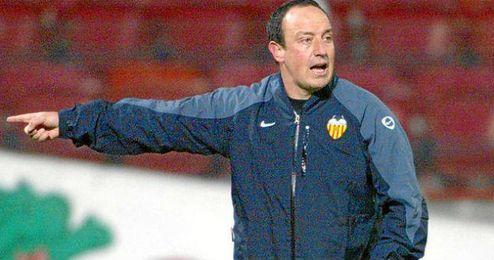 Benítez durante su etapa entrenando al Valencia.