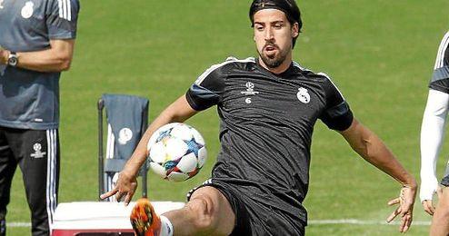 El exmadridista se deshace en elogios hacia Ancelotti, quien sucederá a Guardiola al frente del Bayern al final de la presente temporada.