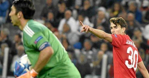 Juan Muñoz seguirá marcando goles con la camiseta del Sevilla.