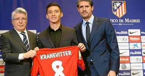 Kranevitter, en su presentaci�n como jugadore del Atl�tico de Madrid.�
