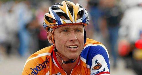 La UCI anunció que la sanción se extenderá hasta el 21 de diciembre de 2017.